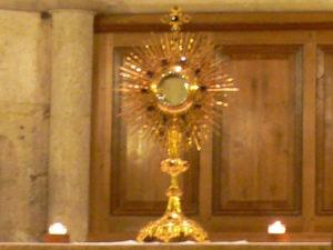 Adoration Foyer Baye