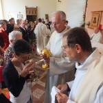Engagement de Colette au Foyer de Charité de Baye, Messe