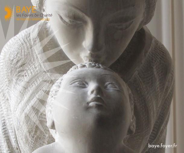 Laisse toi guider vers Jésus par Marie